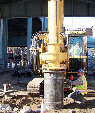Hammer & Steel   SoilTek S60 and S35C Hydraulic Piling Rigs