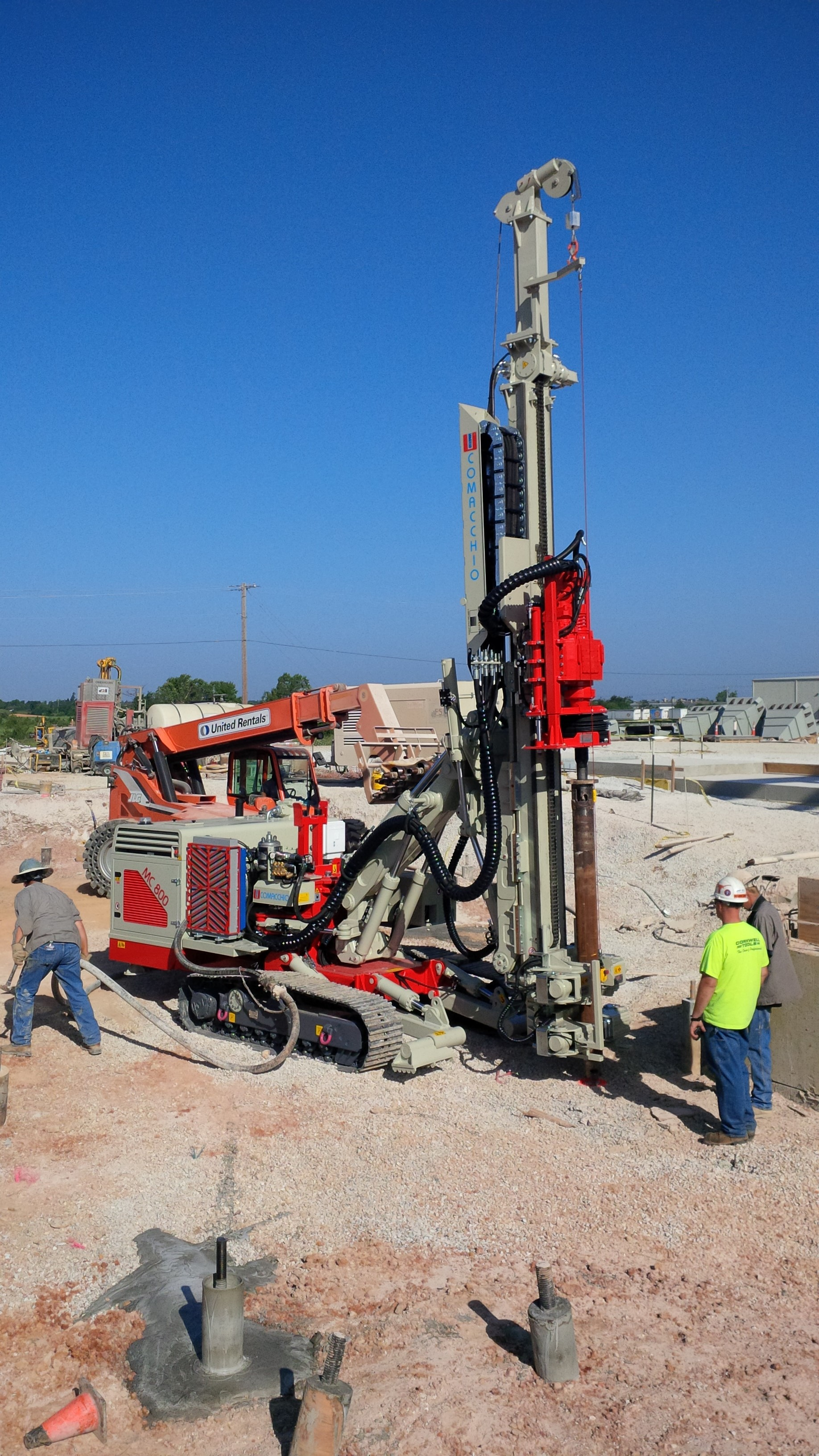 Hammer & Steel sells and rents Comacchio Drill Rigs