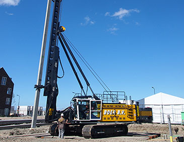 Junttan PM 24 Pile Driving Rigs